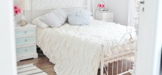 Alluring Shabby Chic Bedroom Ideas for Fanciful Interior: Amazing Bedroom Design Idea Finished In Modern Design For Best Shabby Chic Bedroom Ideas With White Mattress Color