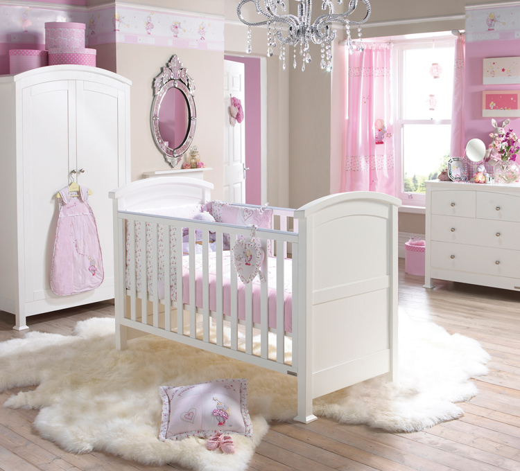 Kids Room: Cute White Pink Nursery Decor Ideas Crystal Chandeliers