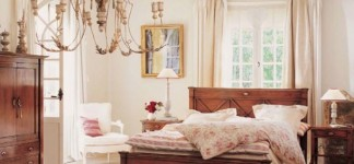 Alluring Shabby Chic Bedroom Ideas for Fanciful Interior: Extravagant Modern Style Shabby Chic Bedroom Ideas Artistic Chandelier Finished In Classic Style Made From Wooden Material Of Furniture