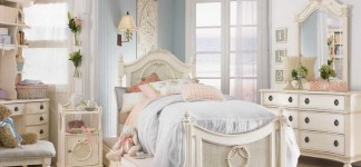 Alluring Shabby Chic Bedroom Ideas for Fanciful Interior: Gorgeous Bright Classical Shabby Chic Bedroom Ideas Girl Design With Unusual Room Management In Blue And White Color Idea