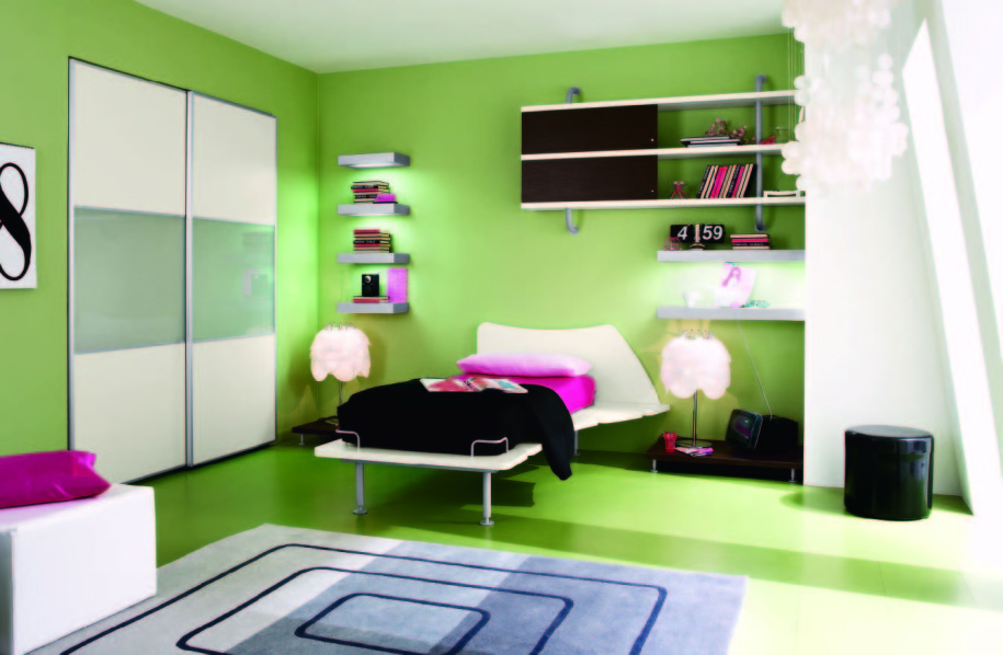 Bedroom: Green Walling Unit Idea Applied In Youth Bedroom ...
