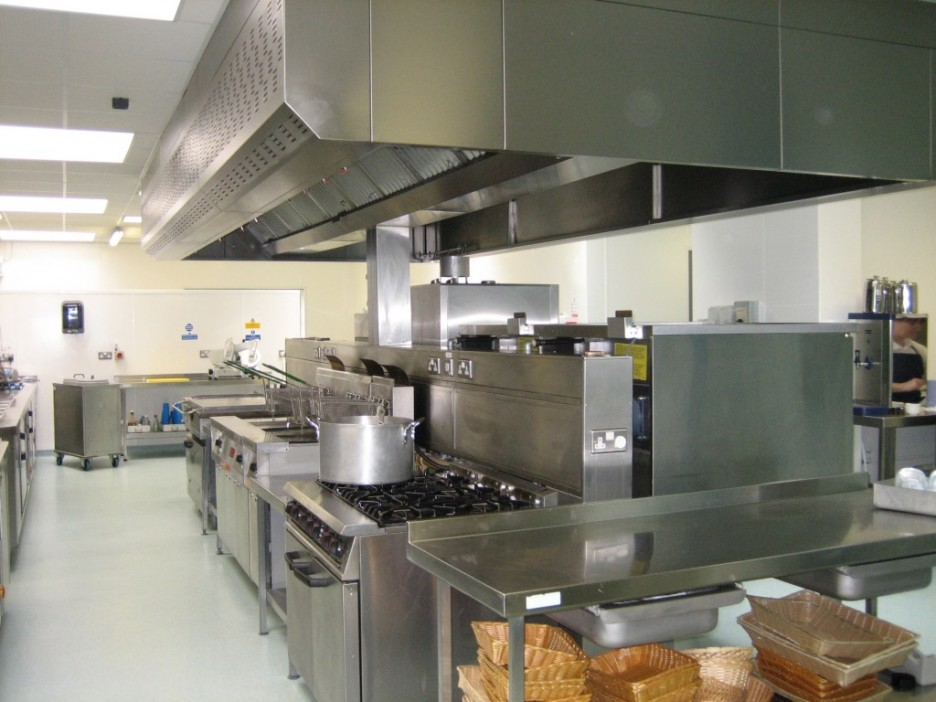 Kitchen: Powerful Metal Material In Commercial Kitchen Design