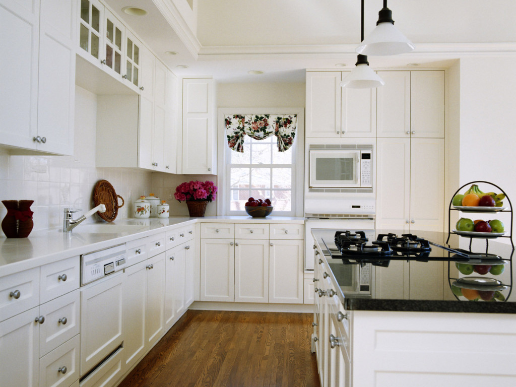 Wonderful White Kitchen Cupboards Ideas DIY White Laminate Backsplash