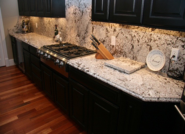 403 forbidden for Antique white kitchen cabinets with black granite countertops