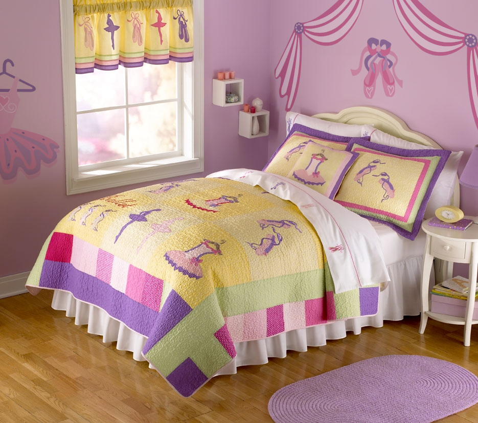 Bedroom: Appealing Little Girls Bedroom Ideas In Violet Color On ...