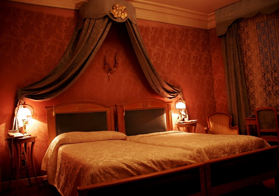 Bedroom: Sensational Bedroom Painting Ideas In Dark Brown Color