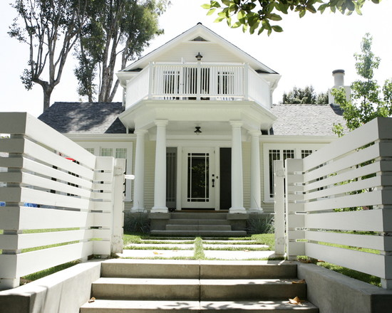 White fence traditional house design inspiration for Classic exterior design