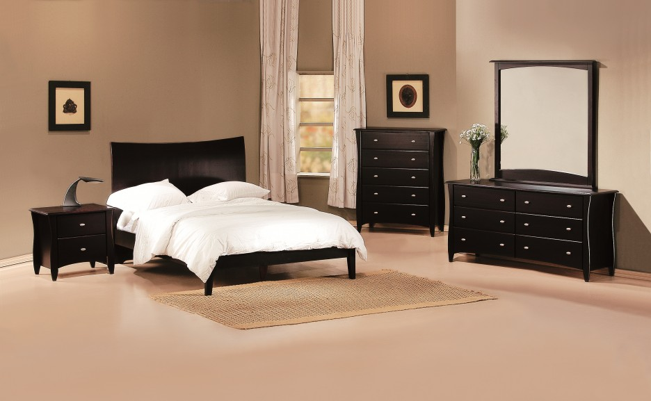 Bedroom: Stunning Cheap Bedroom Sets With Dark Wooden Furniture