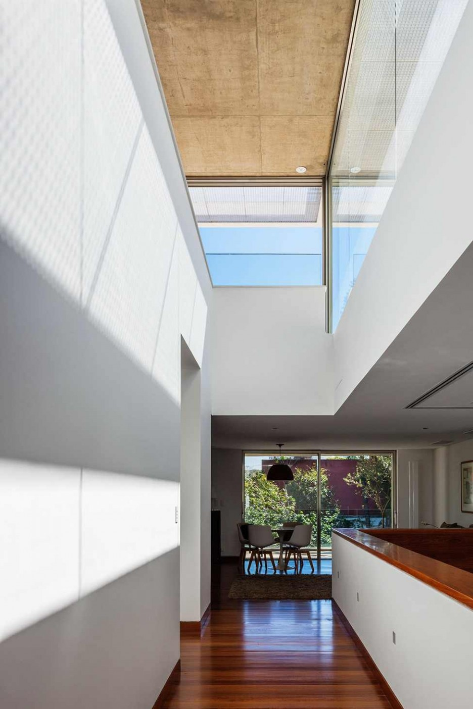 Architecture: Stunning Hallway Interior Of MG Residence Home ...