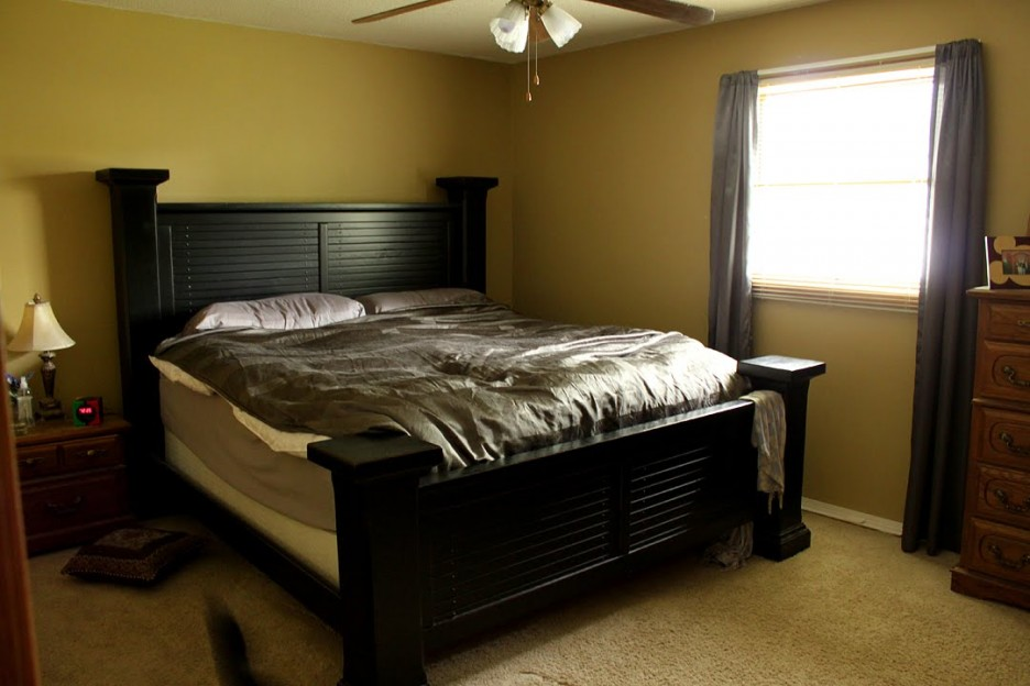 Bedroom: Yellow And Black Color Interior Of Master Bedroom Paint ...