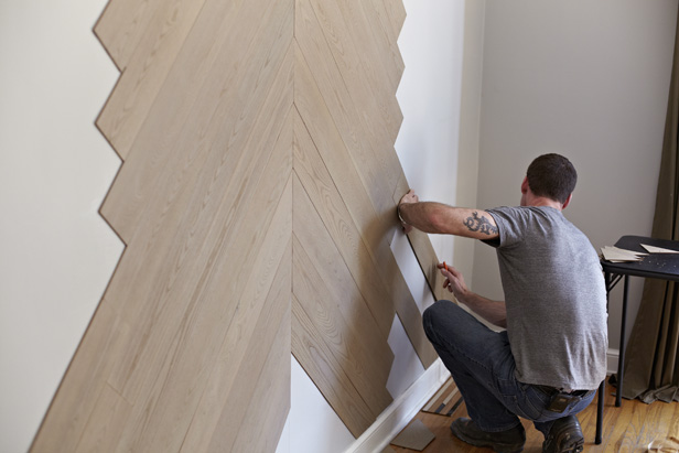 Interior Home: Easy Step To Apply The Stikwood Wall Inside The ...