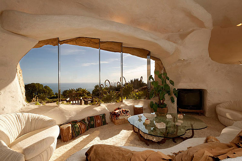 Architecture: Epic Flintstones Style Malibu Retreat Home Design In ...