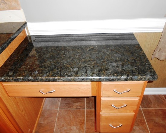 Lightweight Countertop Materials : ? Beautiful Kitchen Countertop Installation with Granite Material ...