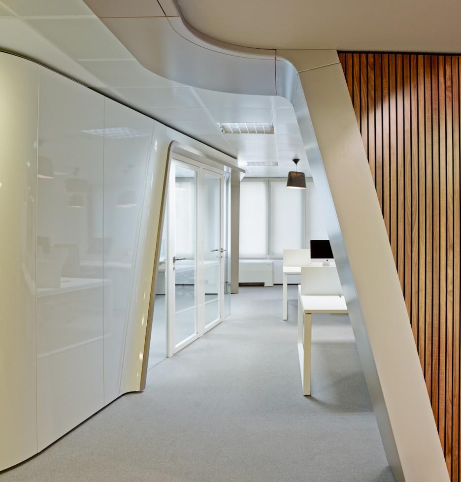 Interior design ideas architecture blog modern design for Office hallway design