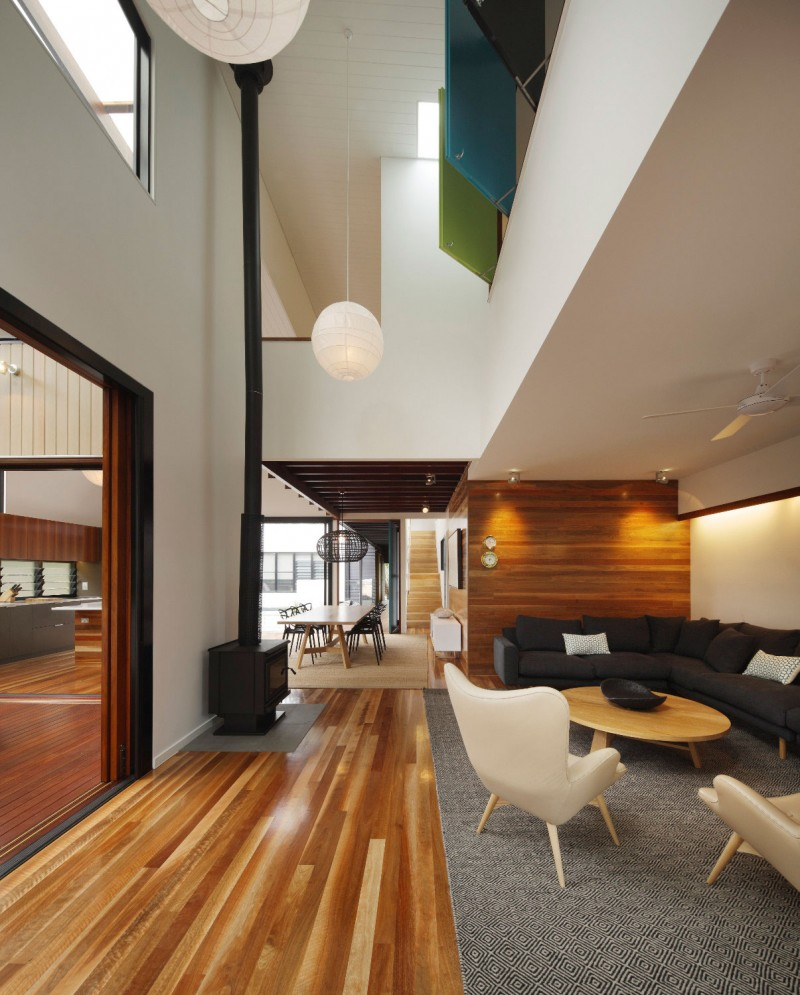 Playful Contemporary Home Building with Modern Interior Design: Wood ...