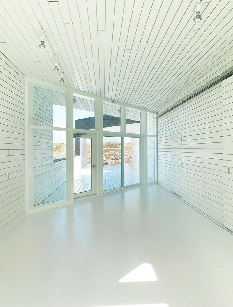 Interior design ideas architecture blog modern design for Floor to ceiling glass