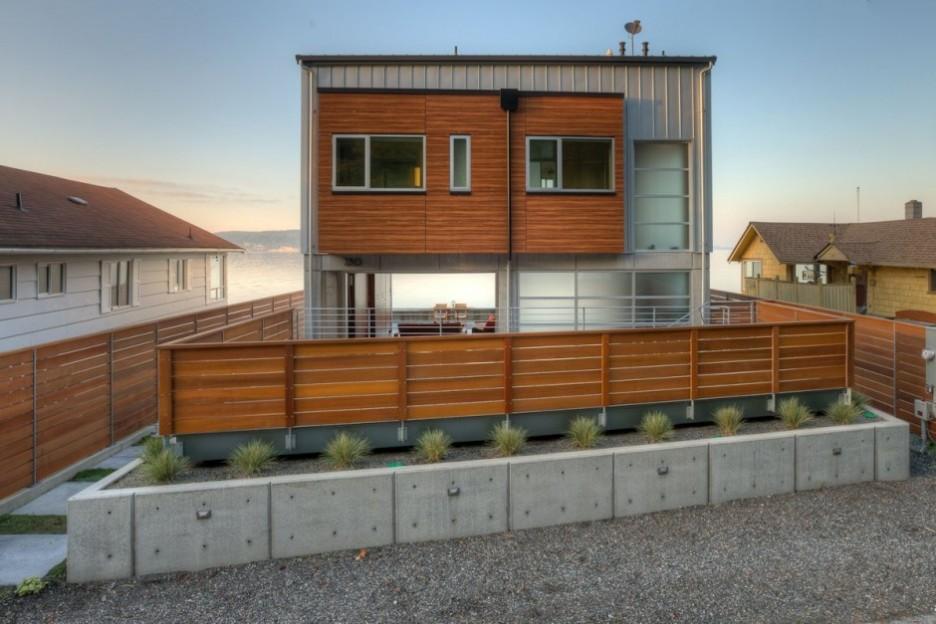 Service unavailable for Half concrete half wood house design