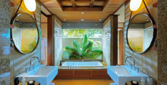 Beautiful Resort Design for The Most Traveler Choice: Elegant Constance Ephelia Seychelles Resort Design Interior In Bathroom Decorated With Minimalist Decoration Ideas For Home Inspiration To Your House