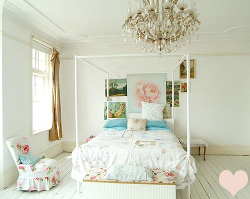 Shabby Chic Bedroom Ideas in Elegant Atmosphere: Charming Shabby Chic ...