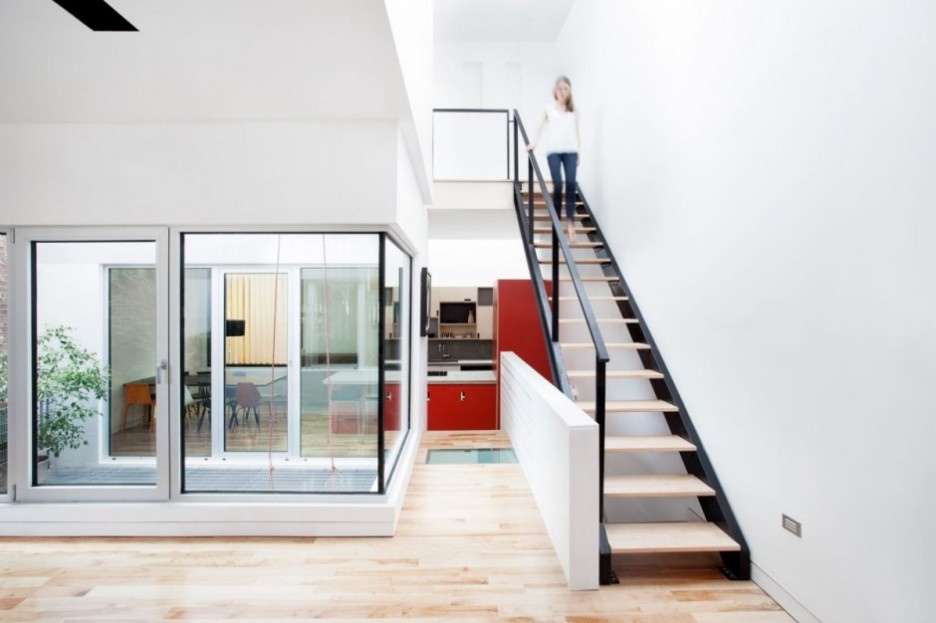 Wonderful Contemporary Home Idea with Amazing Color Choice: Elegant Staircase Design Interior With Minimalist Modern Decoration Made From Wooden Material For Home Inspiration To Your House